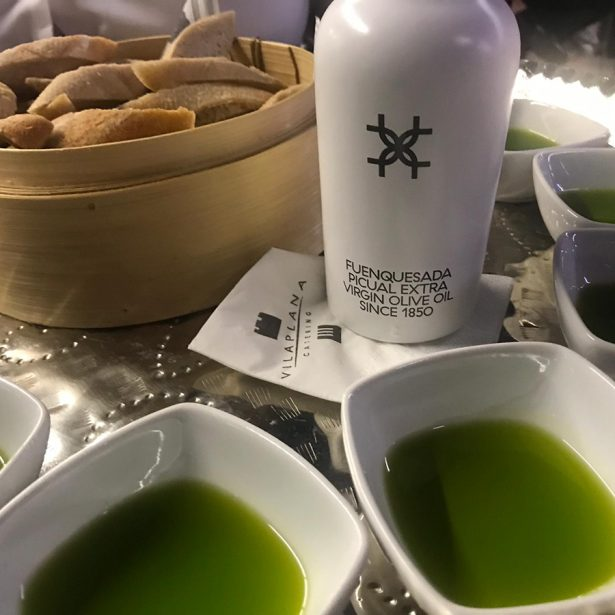 We presented the Fuenquesada Extra Virgin Olive Oil at the 2019 Seville OFFF